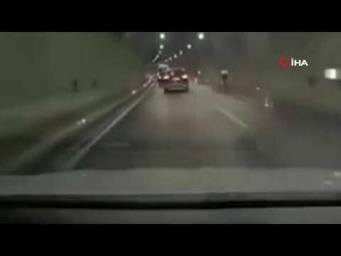 Tünel içinde bisikletliyi yol kenarına savurdu