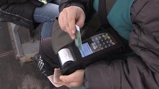 У Житомирі впроваджують е-квиток: кондукторів маршруту №7 озброїли валідаторами