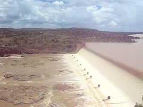 فيضان اكبر سد في ولاية كوينزلاند