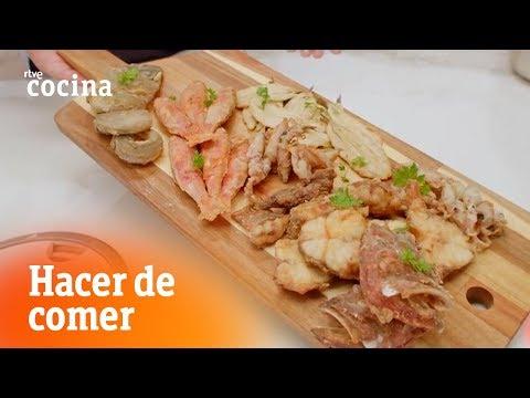 Cómo hacer Fritura de pescado y ensalada de pimiento  - Hacer de comer | RTVE Cocina