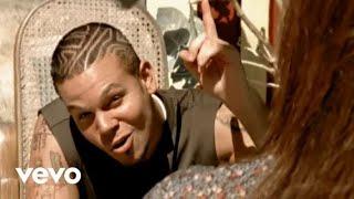 La Jirafa - Calle 13 (Video)