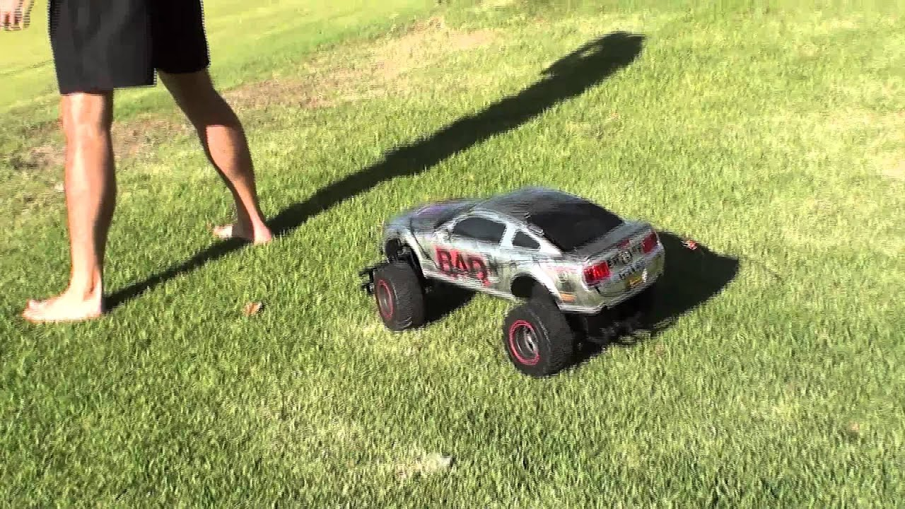 Aussie Shot Putter Proves That Remote Control Cars Have No Business In The Olympics