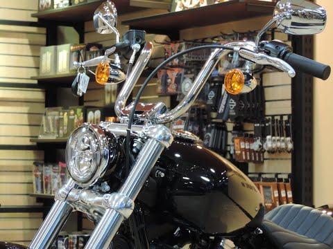 2021 Harley-Davidson® Softail FXST Standard® Vivid Black