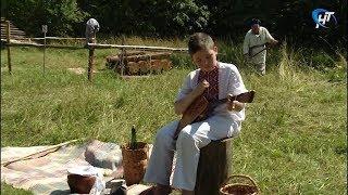 В музее народного деревянного зодчества «Витославлицы» отметили Петровки