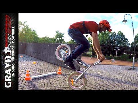 MTB Games #3 (Hello Kitty Kinderfahrrad Parcours Battle   Mein neues Bike   Race Challenge) Leo Kast
