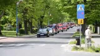 preview picture of video 'Parada wozów strażackich w Ścinawie'