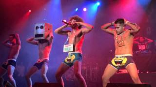 """LMFAO- """"Sexy And I Know It"""" LIVE"""
