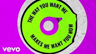 Zara Larsson - WOW (Official Lyric Video)