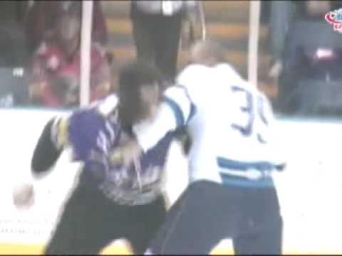 Kevin Westgarth vs Hans Benson