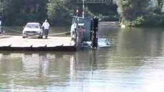 preview picture of video '678 Tiszacsege rév, Ferry on river Tisza'