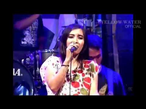 Full Album Live Blora dan kasetnya di Toko Terdekat Maupun di  iTunes atau Amazon secara  download lagu mp3 Download Mp3 Dangdut Bintang 9