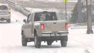 Snow challenges drivers, causes wrecks in Little Rock