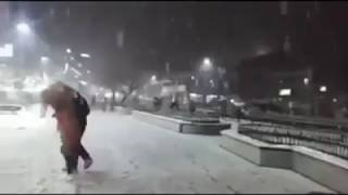 Snowfall in Manali yesterday night..😊