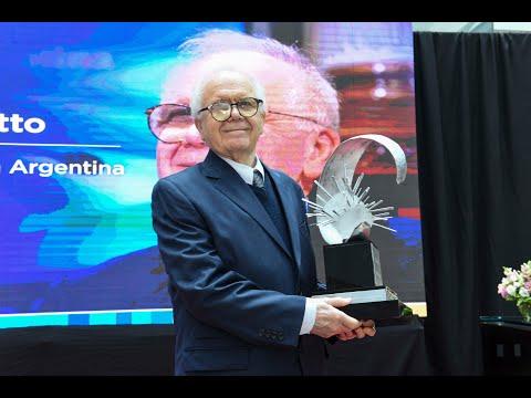 Entrega de premios - fundador INVAP
