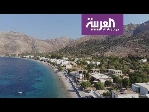العرب اليوم - شاهد: آلاف السياح يعلقون في اليونان بسبب قرار البحارة