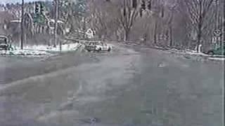Rescue 911 - Episode 627 - Toddler in runaway car | Kholo.pk