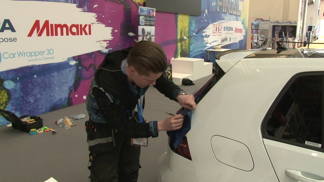 Mats Hansen shares his preferred technique on how to wrap the corners on the rear edge of a car.