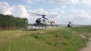 preview picture of video 'Start einer EC-135 von einer Dammkrone in der Nordsächsischen Seenplatte'