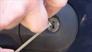 2004 Ford Explorer door lock picked open