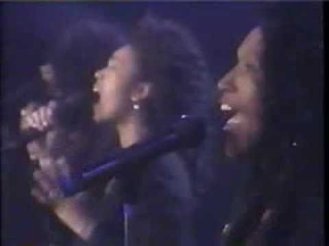 The Pointer Sisters - Slow Hand (live) 1990
