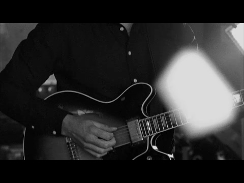 Timber Timbre - Sewer Blues (Official Video)
