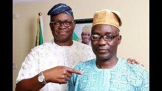 Election: Fayose prays for his deputy, wears him ''Ekiti'' cap - VIDEO