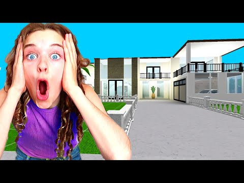 BEST HOUSE WINS IN BLOXBURG - Roblox Gaming w/ The Norris Nuts
