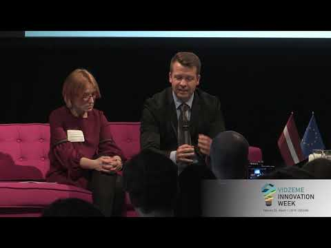 """Panel discussion """"Acquiring the European market"""" (in English)"""