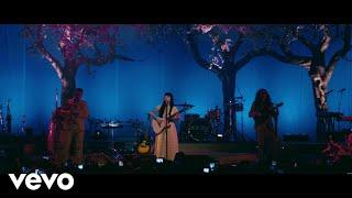 La Trenza (En vivo) - Mon Laferte (Video)