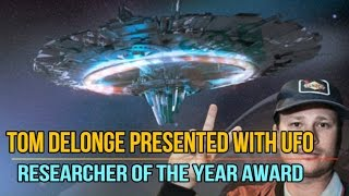 Tom DeLonge Presented With UFO Researcher Of The Year Award