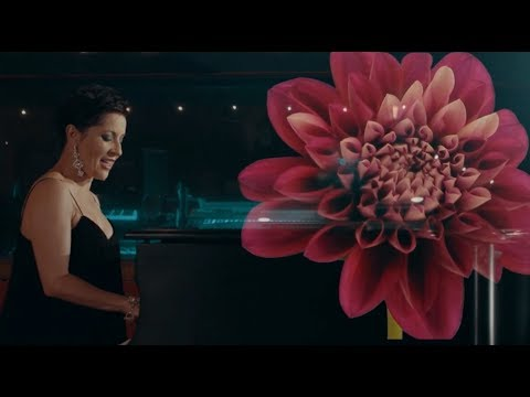 Margo Rey- Colours Music Video