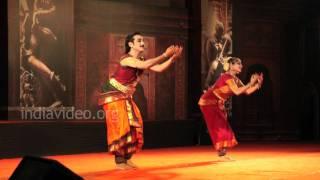 Vineeth and Lakshmi Gopalaswamy - Bharatanatyam performance
