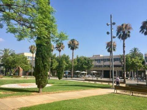 University Tour, Spain