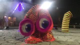 Slinki show