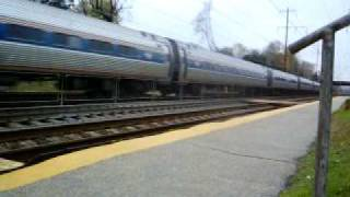 preview picture of video 'Amtrak Regional at Folcroft'
