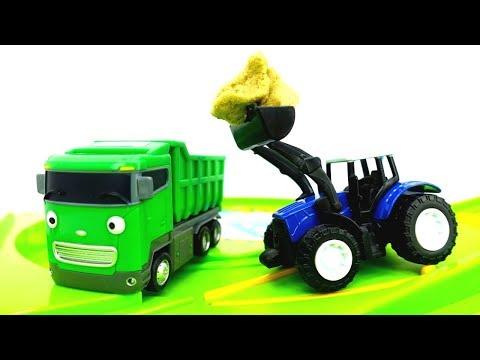 Die Helfer Autos: die Spielzeugautos räumen den Dreck von der Straße – Helper Cars auf Deutsch