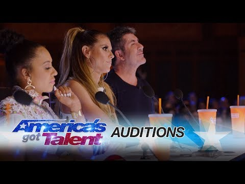 The Judges Are In A Bad Mood - America's Got Talent 2017 (видео)