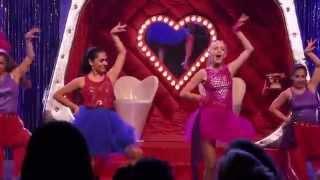 Disney Channel España | Videoclip Mercedes Lambre y Alba Rico - Peligrosamente Bellas (Violetta)