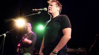 Johnny Clegg Chicago 7 11 12, Digging for Some Words