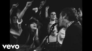 """Brian Fallon's """"Sleepwalkers"""" runs gamut of loss, hope"""