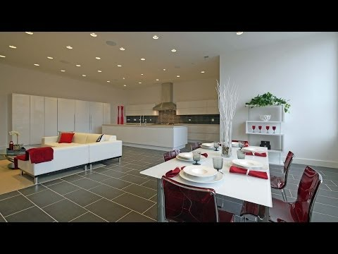 An extraordinary 6,000 square foot West Loop home