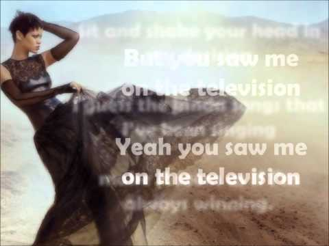 Rihanna - Half Of Me (lyrics)