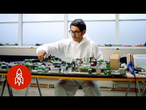Recycling E-Waste Into Sculptures