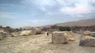 preview picture of video 'Temple of Baalbek, Lebanon'