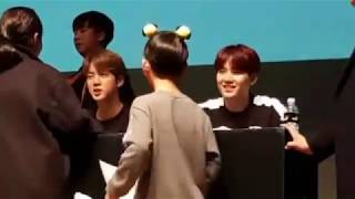 181107 BTS reaction to this little boy ARMY at PUMA Fansign