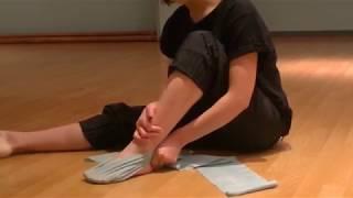 花咲先生のバレエレッスン~バレエをうまく見せる~つま先を伸ばすストレッチ②のサムネイル画像