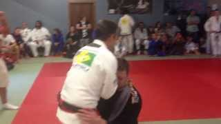 Noah Jenkins gets choked out by Master Pedro Sauer