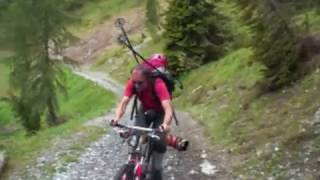 Sciare in mountain bike