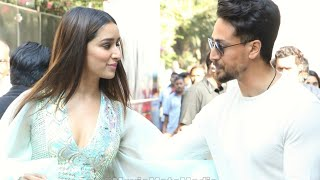 Shraddha Kapoor and Tiger Shroff gentle behavior with Fans during Baghi3  Promotion | Baghi 3 |