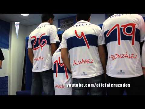 Watch video Catolica utilizará camisetas con la tipografía de Anna Vives